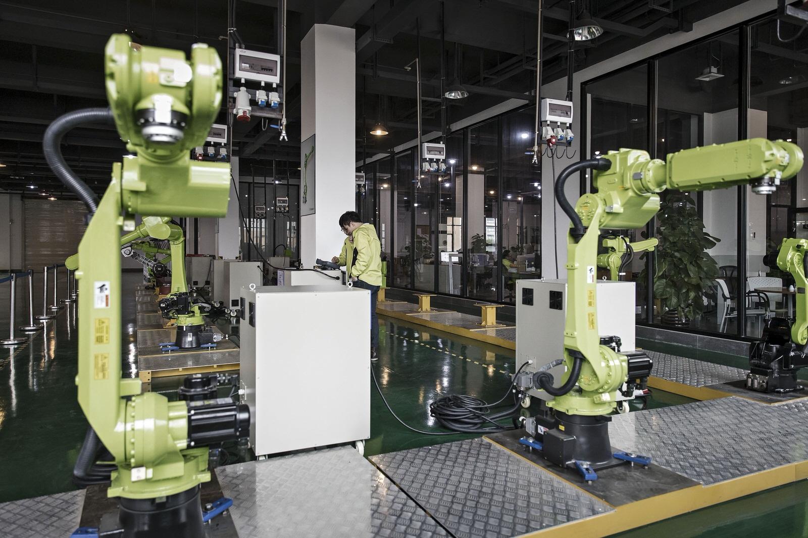 Chinas robots push to drive new era of trade productivity chinas robots push to drive new era of trade productivity bloomberg professional services malvernweather Images