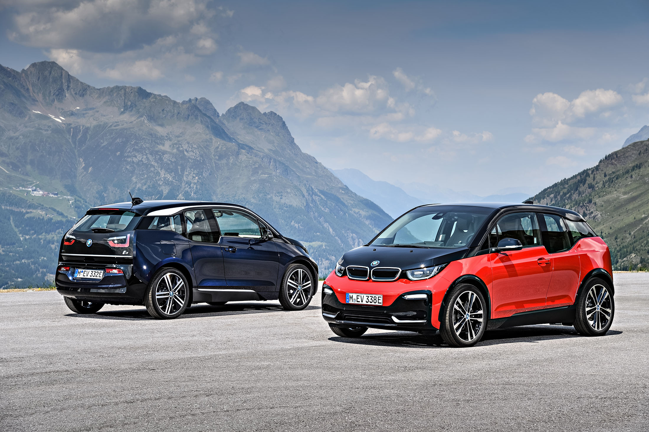 Bmw Softens Electric I3 City Car S Boxy Look To Counter Tesla