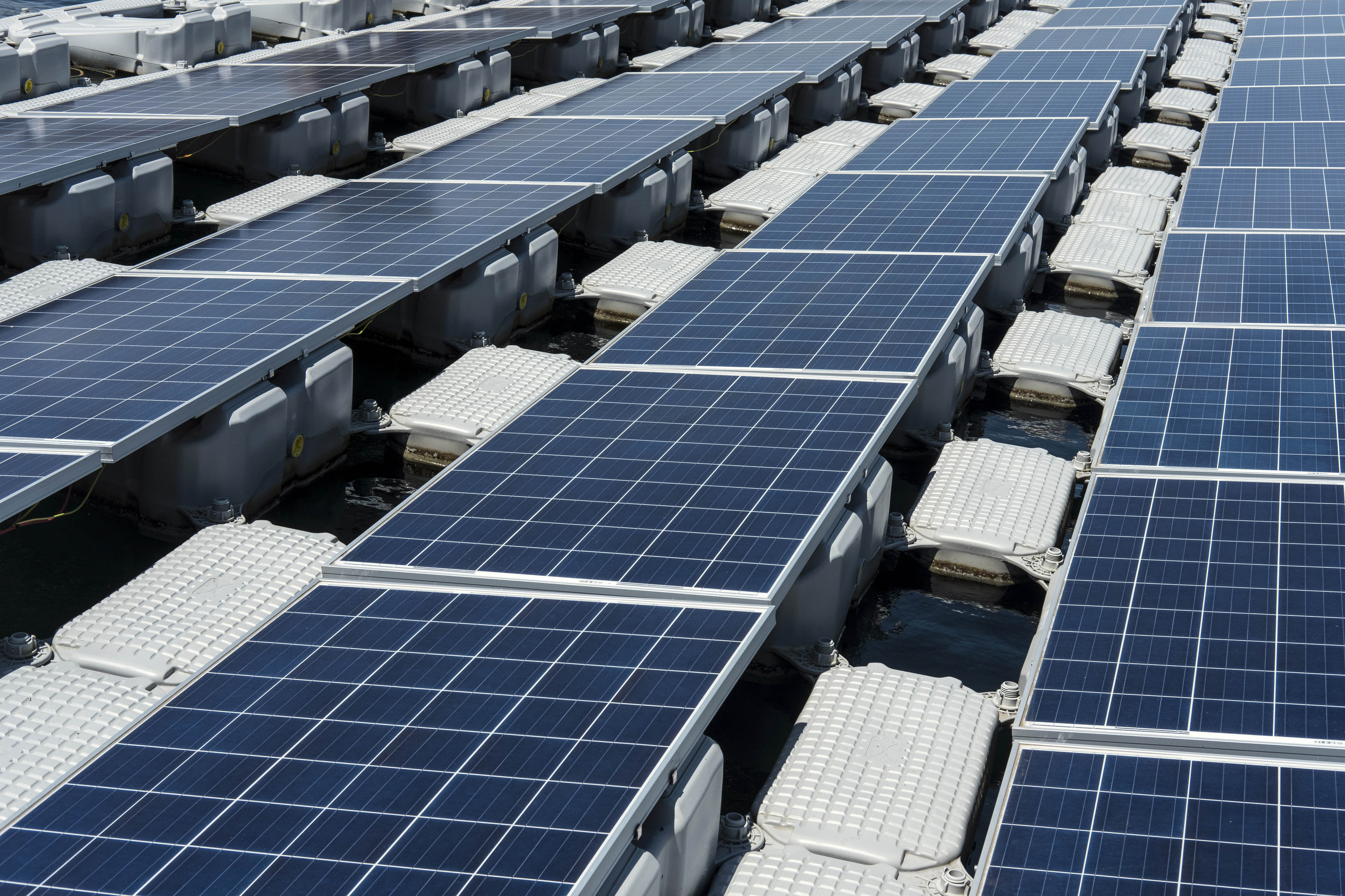 Clean Energy Investment 2018 | Bloomberg NEF