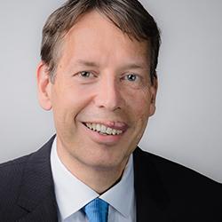 Photo of Dr Steffen Hoerter